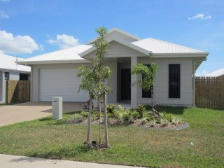 View profile: 4 BED – OPPOSITE DOG PARK AND KIDS PLAYGROUND – GREAT LOCATION