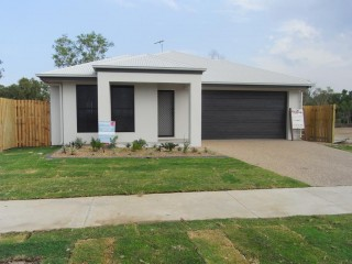View profile: NORTH SHORE - 4 BEDROOMS – NO REAR NEIGHBOURS
