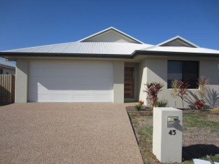 View profile: 3 BEDROOMS- GREAT YARD & PATIO