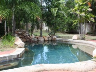 View profile: 1/4 ACRE OF SPACE