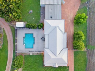 View profile: 350sqm of House & Shed - A must to Inspect!