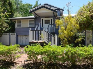View profile: For the LOVERS of QUEENSLANDER's and their Charm