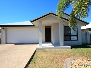 View profile: NORTH SHORE – 4 BEDROOMS – GARDEN SHED – TILED THROUGHOUT