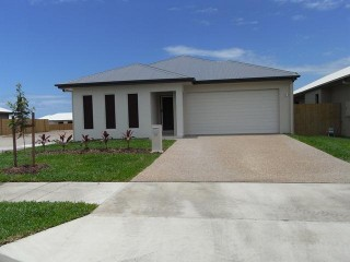 View profile: 4 BEDROOMS – GREAT YARD!
