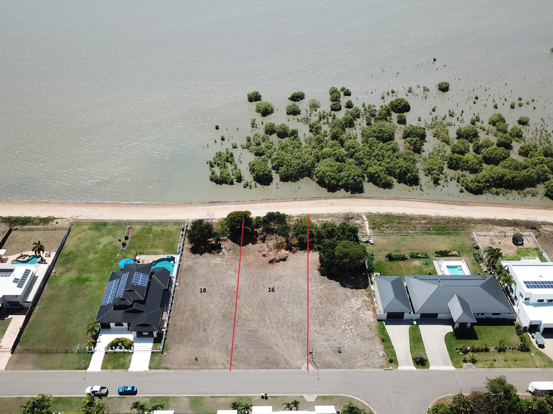 Absolute Oceanfront Land – Create your dream lifestyle